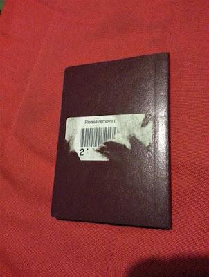 Aufkleber von Buch entfernen - es funktioniert nicht - Streß