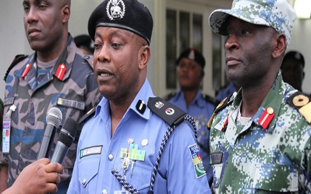 man stabs neighbour lagos