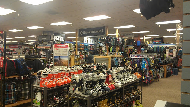 Compras na Shoreline Of Tahoe Store em South Lake Tahoe