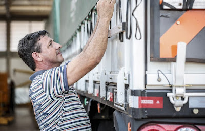 Lei dos caminhoneiros: fique por dentro de tudo que você pode ou não.