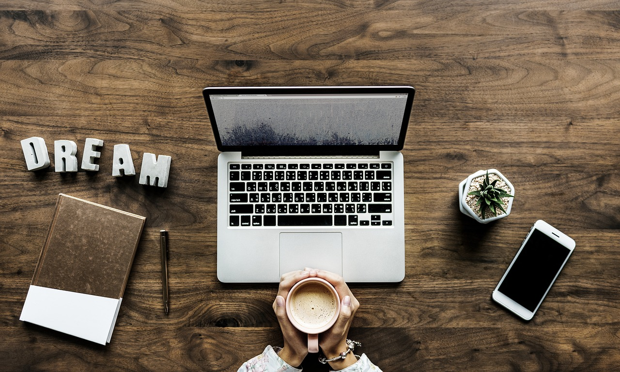 Tecnologia: Come aprire un blog. Consigli pratici e tecnici per essere sempre connessi grazie a EOLO