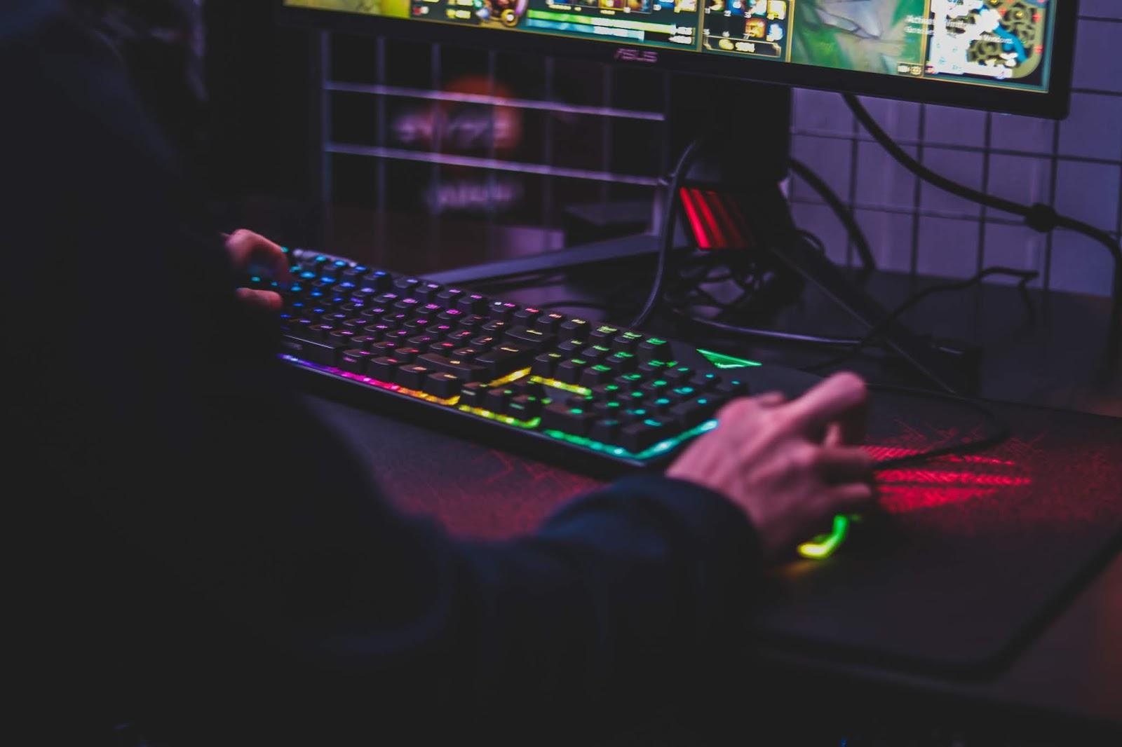 menjadi gamer bisa dijadikan sebagai sebuah profesi yang menghasilkan
