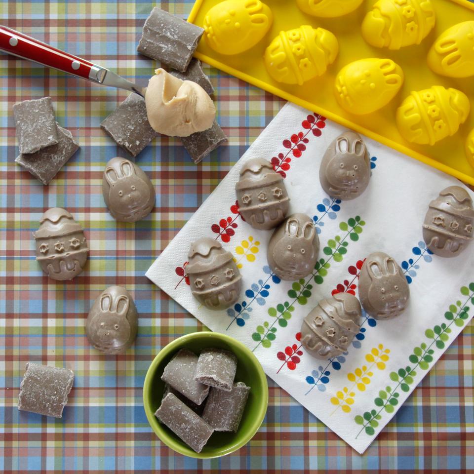 Dalmatian diy recipe homemade dog easter egg carob treats recipe homemade dog easter egg carob treats forumfinder Images