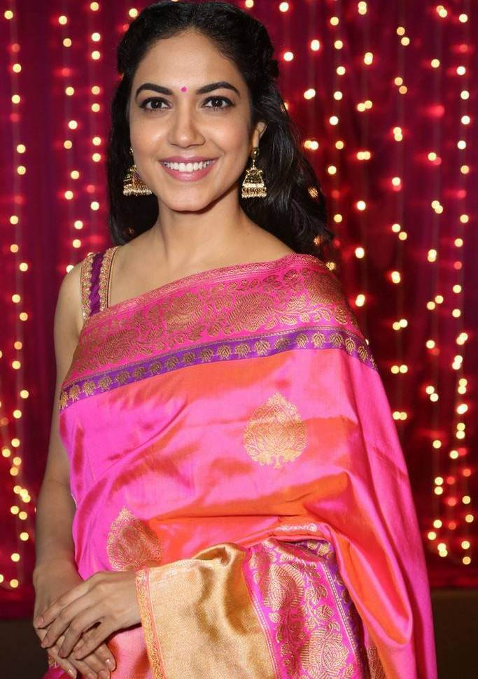 Ritu Varma At Zee Telugu Apsara Awards In Orange Saree