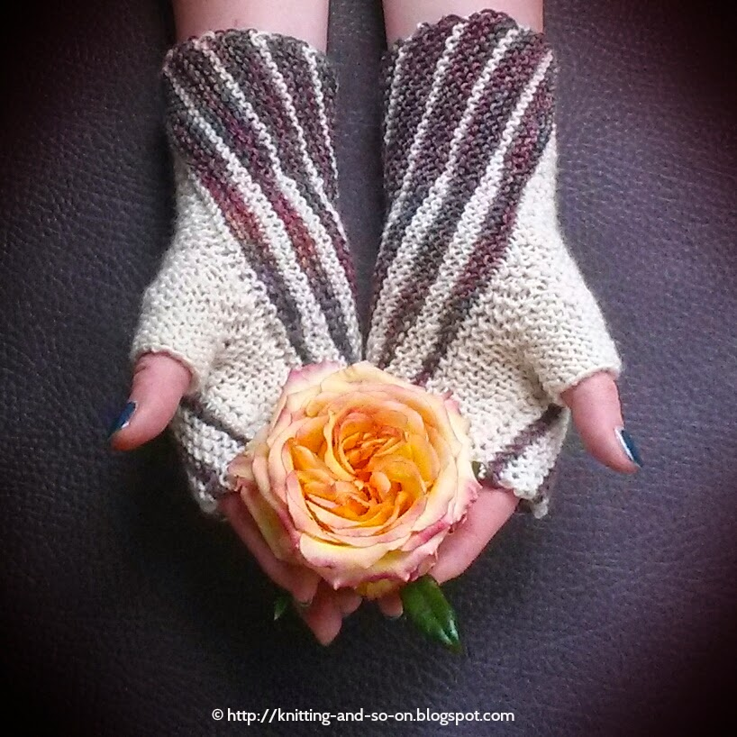 Free Knitting Pattern: Windings Mitts