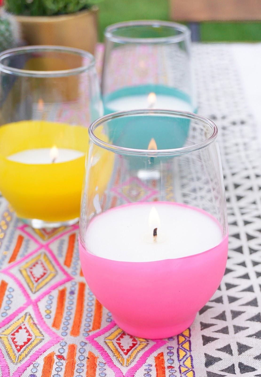 Le candele alla citronella tengono davvero lontane le ...