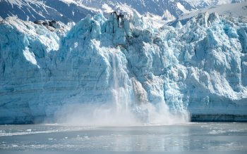 Wallpaper: Glacier in Alaska