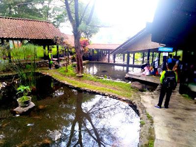 Piknik di Ekowisata Taman Air Tlatar Boyolali