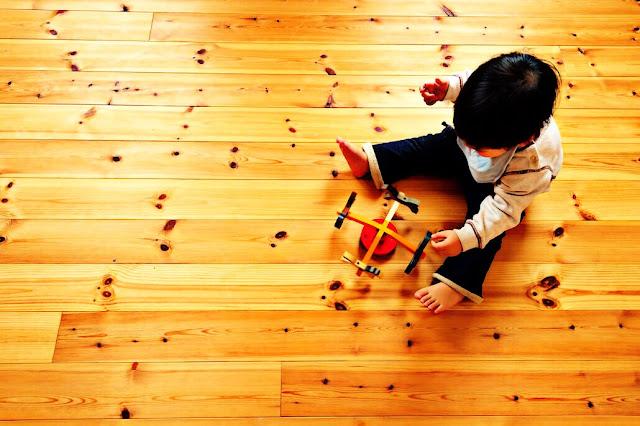 pisos de madera y sus cualidades terapeuticas