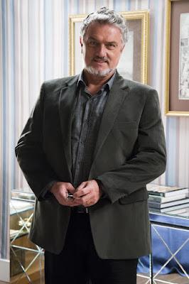 Werner Schünemann será Assad