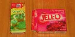 Желе пищевое красного и зеленого цвета;