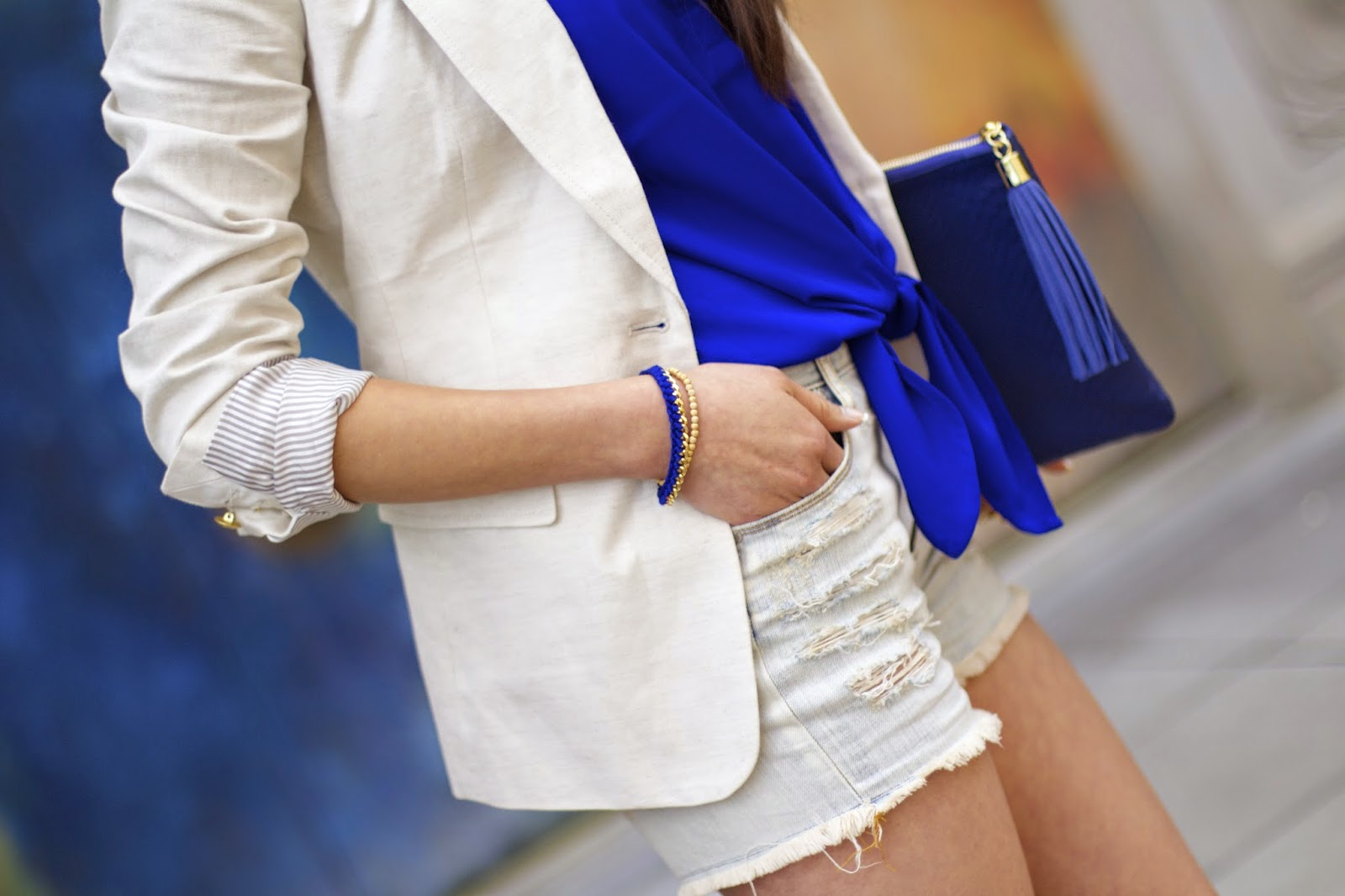 blau gold outfit