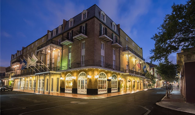 The Holiday Inn® French Quarter-Chateau LeMoyne welcomes you with New Orleans' historical charm, a coveted location, and a boutique ambiance.