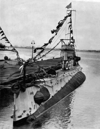 USS O-9 20 June 1941 worldwartwo.filminspector.com