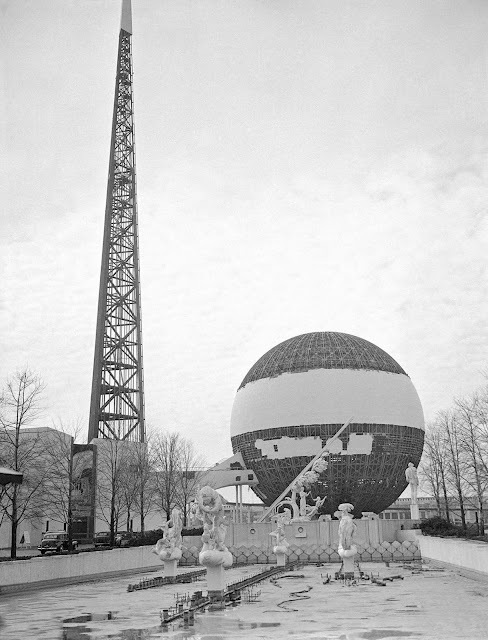 The second and last season of this edition of the New York World's Fair closed on October 27, 1940. Unfortunately, events in Europe were descending into a second World War, and budget overruns ended up leaving the World's Fair as a financial failure. Shown here is a view of the View of the Trylon and Perisphere being dismantled in New York, on January 23, 1941.