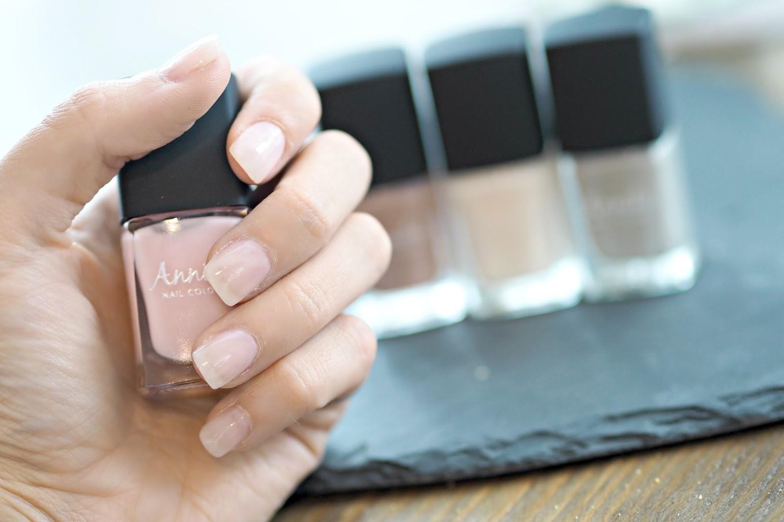 nail polish review by blogger