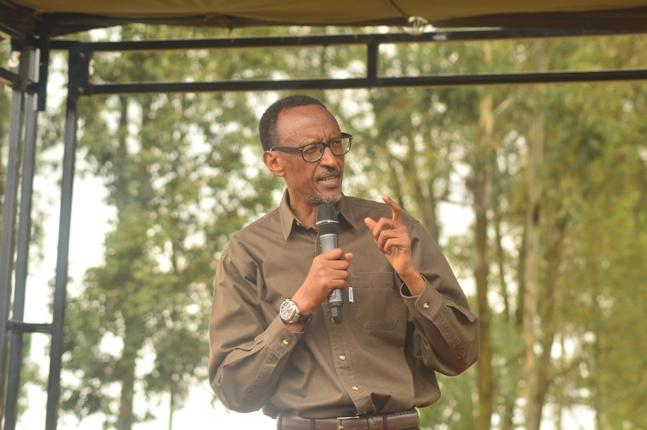 Perezida Kagame yifatanyije n'Abanya Kayonza