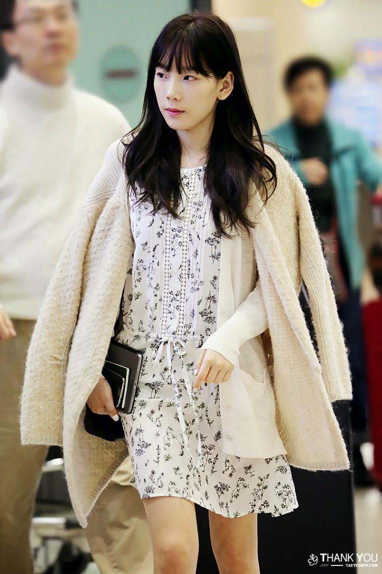 Fashion Latest Gul Ahmed Summer Designs: SNSD Taeyeon Airport Fashion