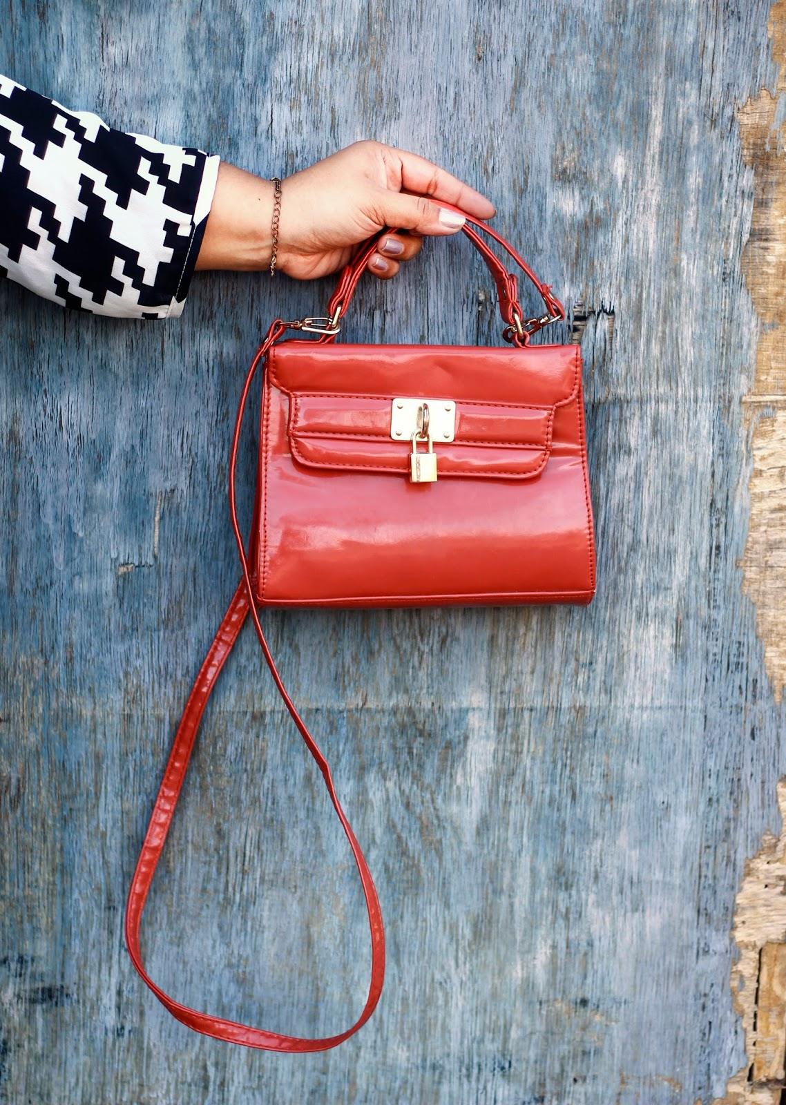brown sling bag new look
