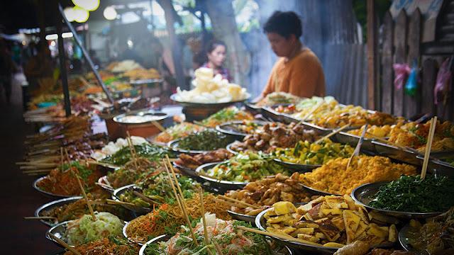 Street Food Paling Recommended di Bangkok