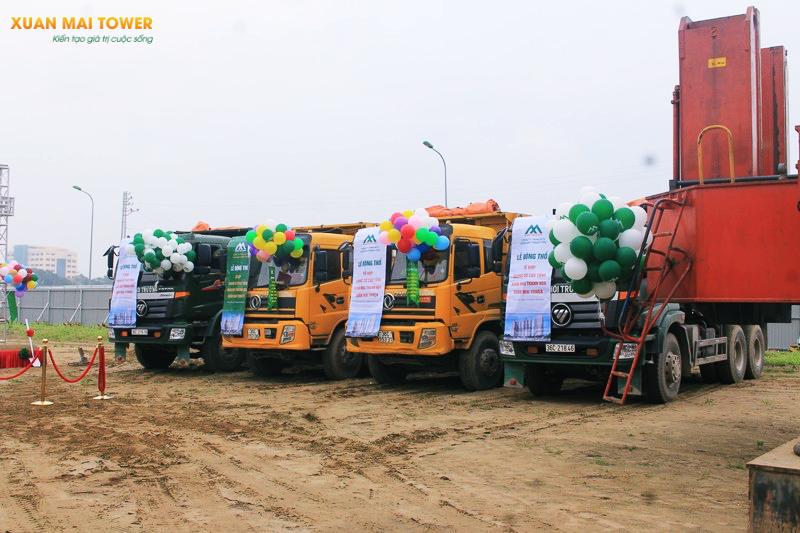 Đoàn xe tải khởi động dự án Xuân Mai Tower