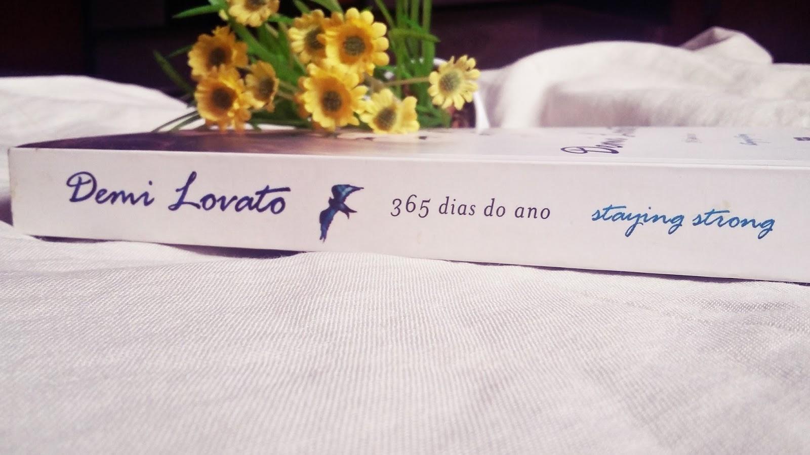 RESENHA DO LIVRO STAY STRONG: 365 DIAS DO ANO.