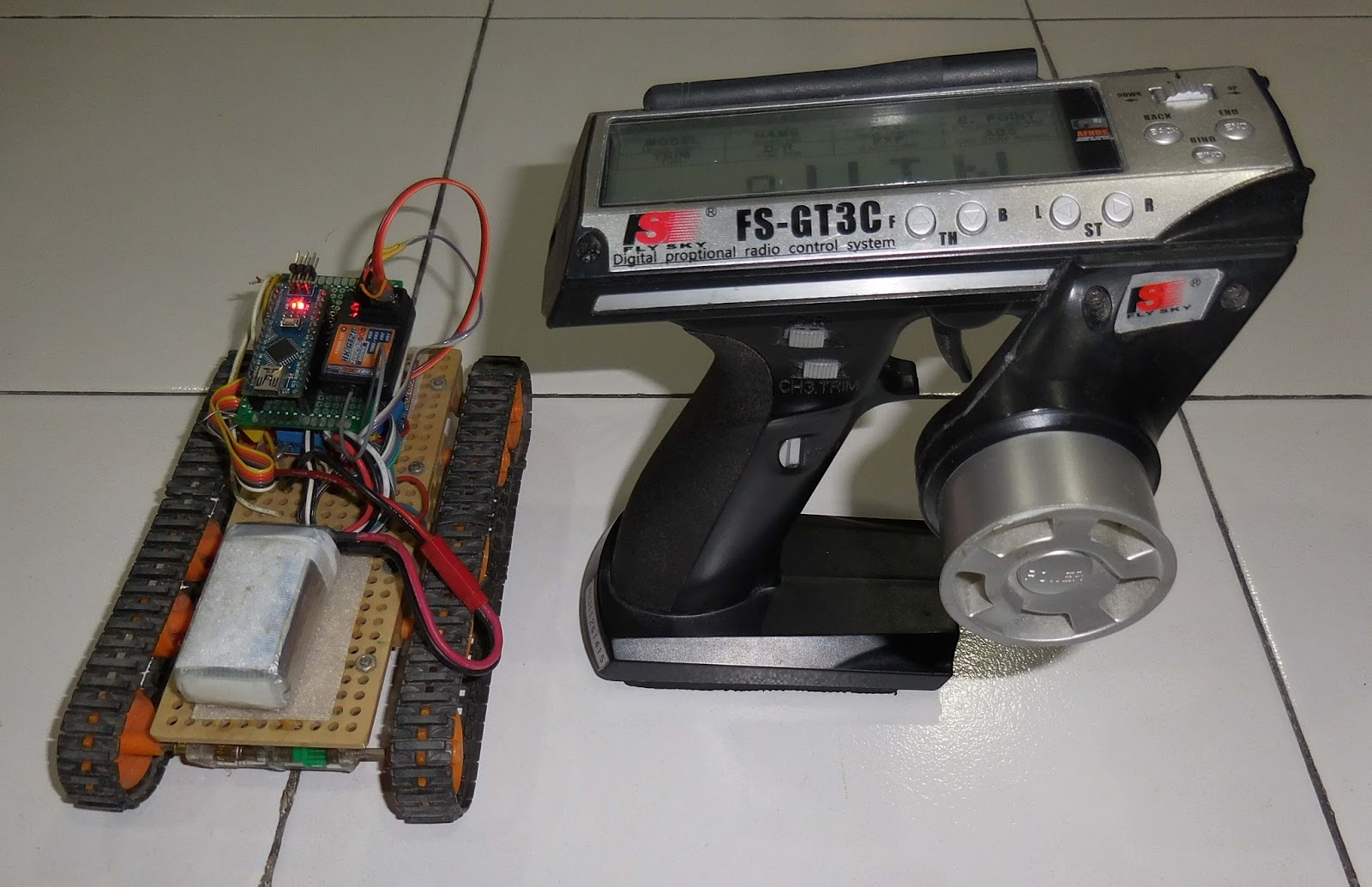 Hobby Witch: How to Control Tracked Robot Via 3-Channel RC