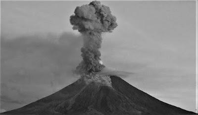 penyebab gunung meletus