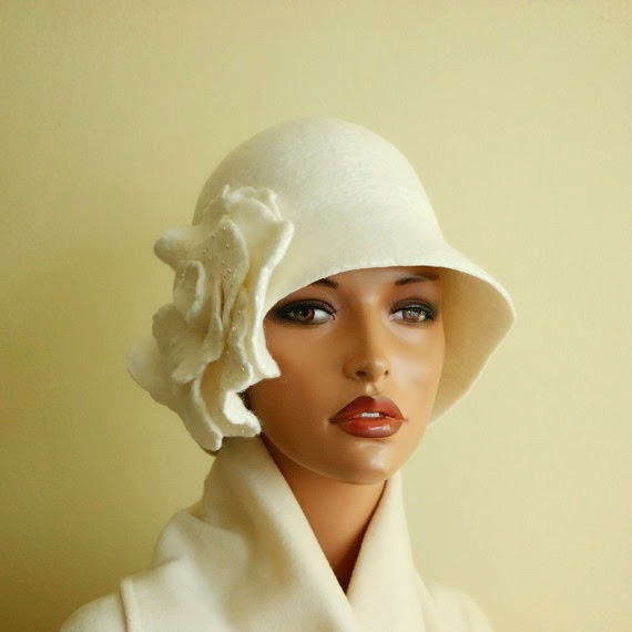 https://www.etsy.com/listing/205758310/white-hat-felted-cloche-felt-hat?ref=favs_view_3
