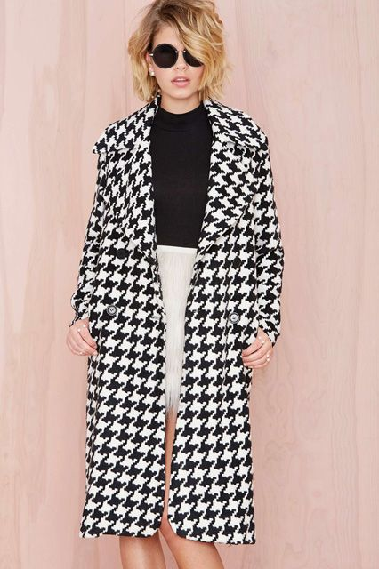 statement coats black and white houndstooth chic