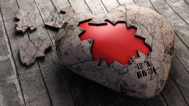 Hình ảnh trái tim tan vỡ, ảnh trái tim buồn vỡ nát trong tình yêu