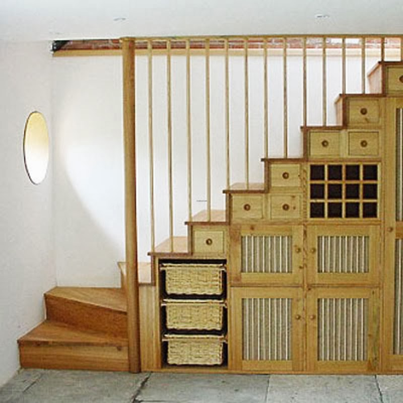 Short Stairs Ideas: Under-Staircase Space Ideas