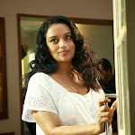 Swetha Menon hot pictures