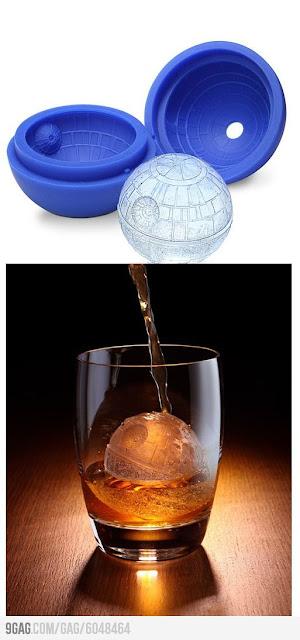 夏に欲しい?個性的な氷を作れる製氷皿、6選 デス・スターの型