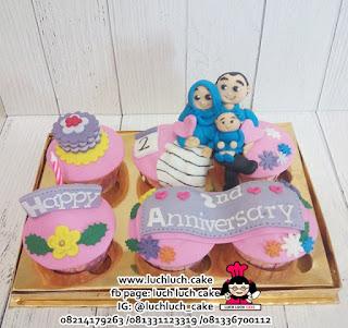 CUpcake Ulang Tahun dan Anniversary Murah dan Cantik