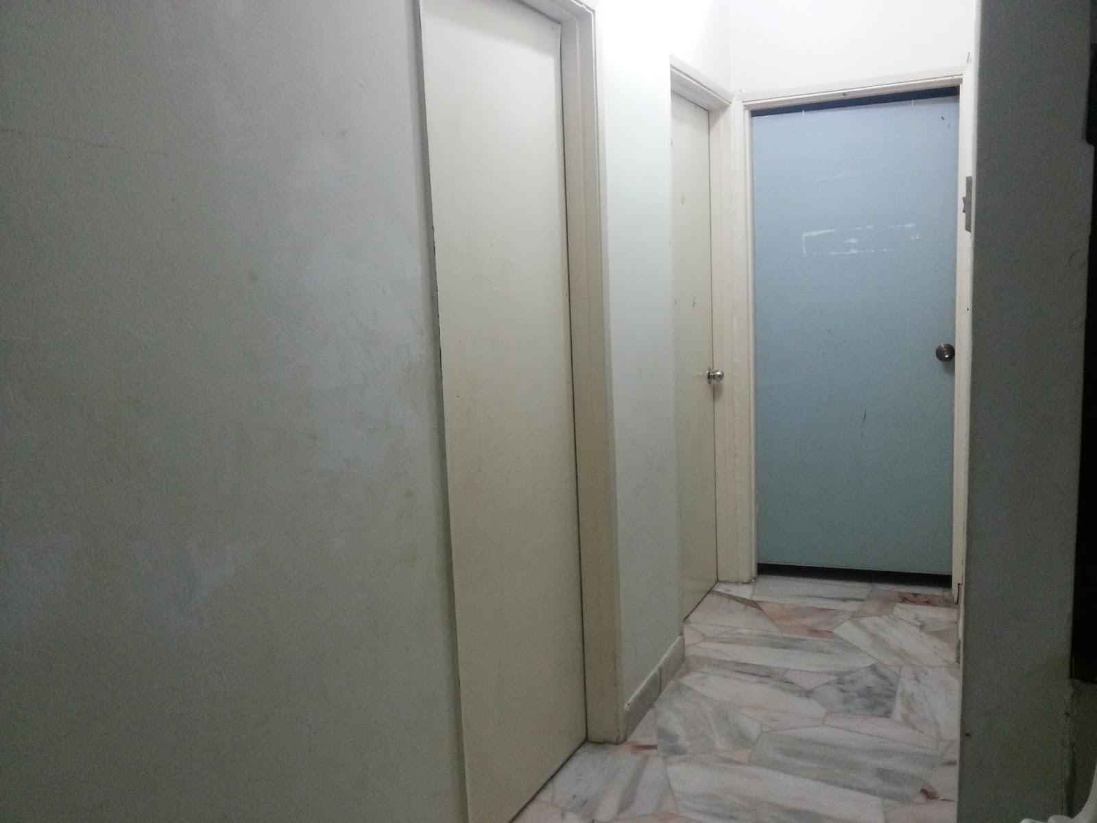 1 Bilik Kanak2 Pintu Biru Tu Pelik Sebab Owner Pecahkan Sambung Ke Dapur So Laundry Stor Serabut Pengemasan Mengambil Masa