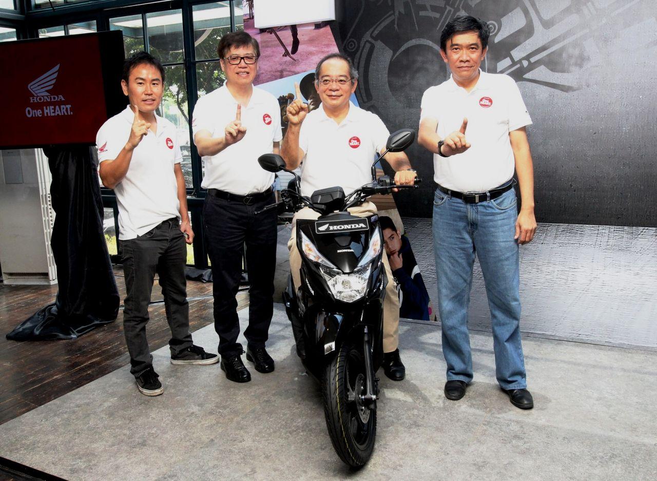 Terbaru New Honda BeAT Street ESP Anangbastomicom