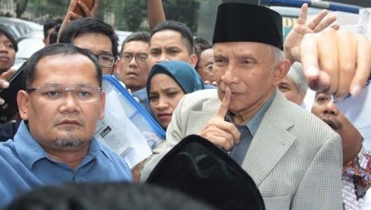 PDIP Seret Nama Amien Rais Terkait Isu Lahan Prabowo
