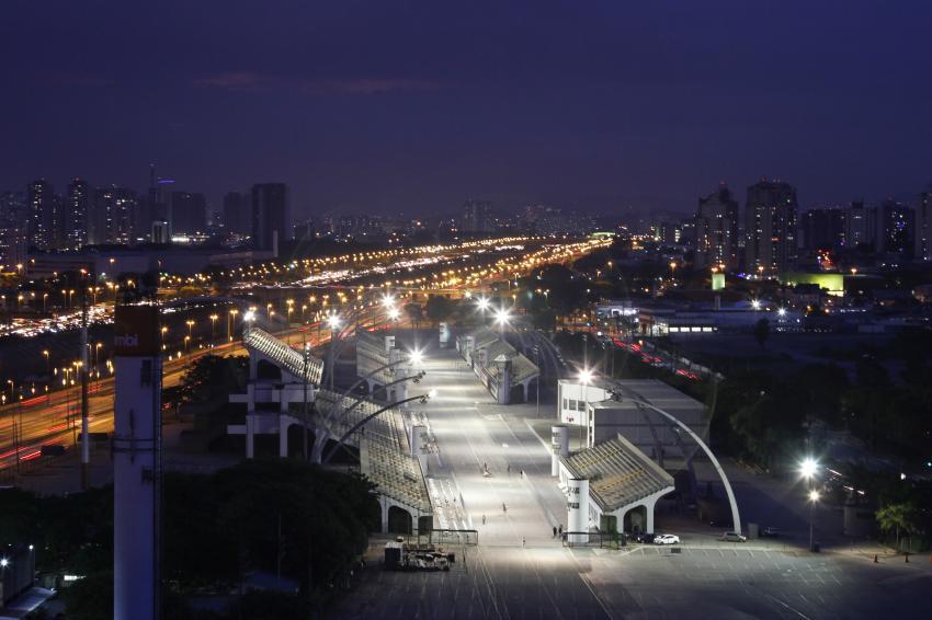 comecam-os-ensaios-tecnicos-das-escolas-de-samba-do-grupo-especial-de-Sao-Paulo-foto-Jose-Cordeiro-SP-Turis-09-12-2014_201412080001-850x566