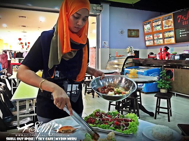 Hidangan Shell Out, Ketam, Udang, Kepah, Lambak Atas Meja, Makan Seafood Atas Meja, CTxMakan, TravelockCT,