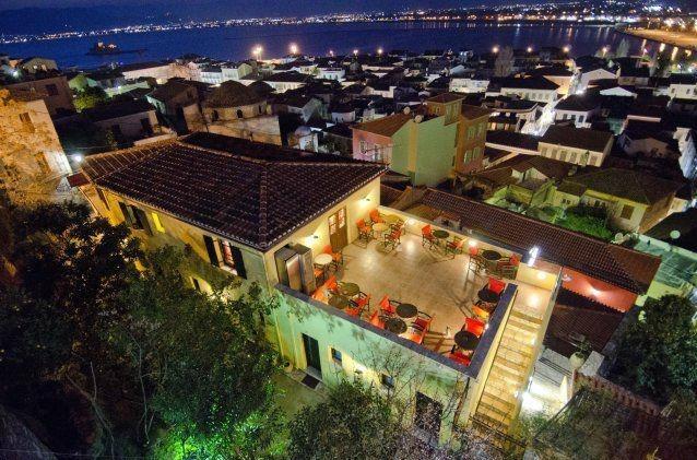 """«Σαρώνει» η Ελλάδα στα βραβεία της TripAdvisor - Στην πρώτη θέση το ξενοδοχείο """"Μαριάννα""""στο Ναύπλιο"""