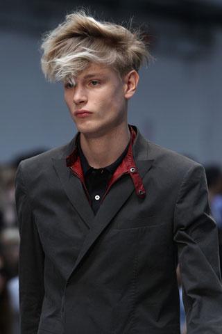 Peinados de hombres de moda 2012 peinados cortes de pelo - Moda peinados hombre ...