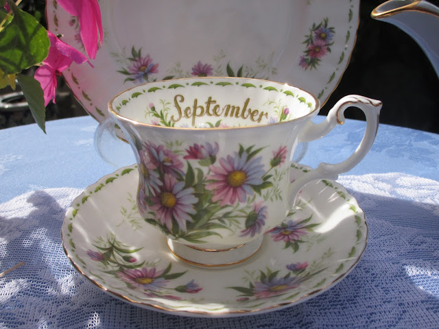 Karen S Cottage And Castle A September Tea In The Garden