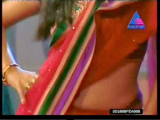 Shamna Kasim hot navel show in saree from Asianet Comedy ...