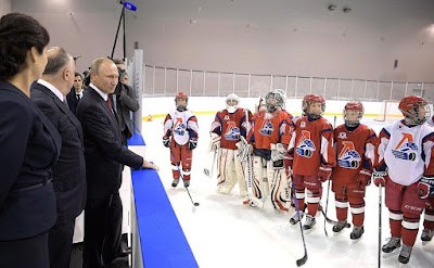 Vladimir Putin visits the new public Olympic Reserve hockey school.