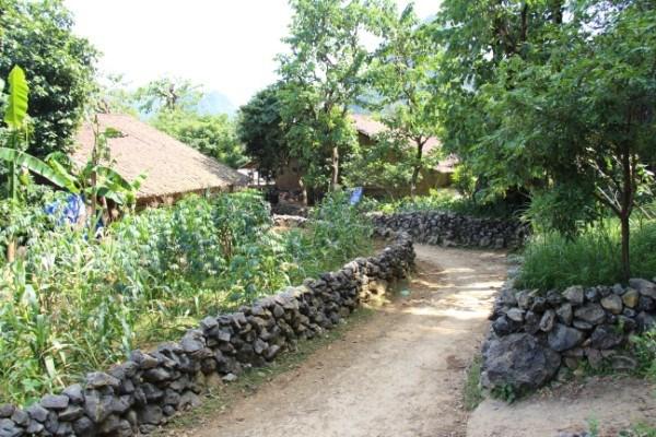 Hàng rào đá làng Phúc Sen, Quảng Yên, Cao Bằng