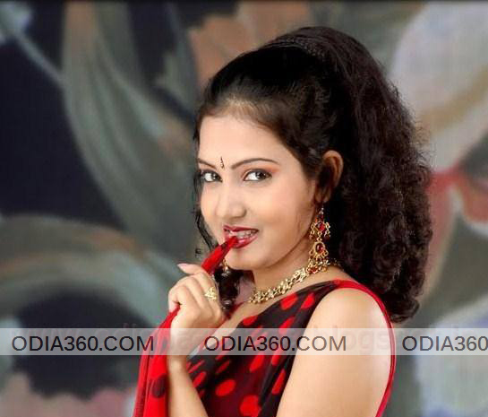 Jina samal Height, Weight, Age, Biography,Wiki & Wallpapers