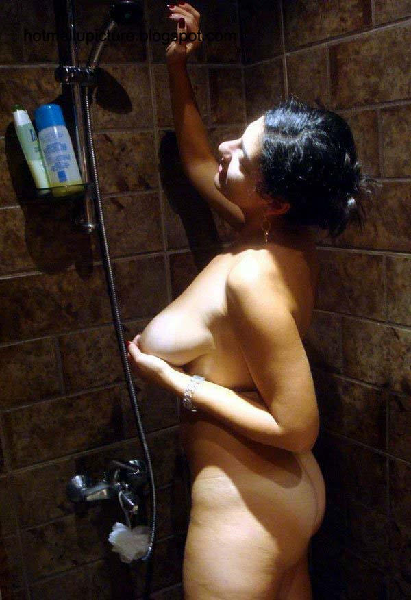 Marathi sexy girl shower possible
