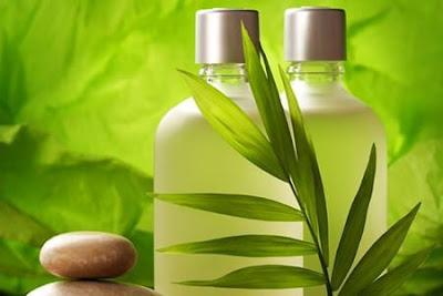 Shampoing maison pour stimuler la croissance des cheveux et d'augmenter leur volume