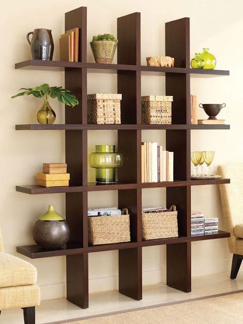 Rak buku zaman now tak sekedar mengedepankan fungsi. Lebih dari itu, nilai estetika dan keindahan rak juga wajib menjadi pertimbangan kala mendesain interior rumah anda.